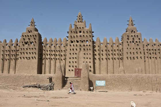 Great mosque mali 560x373